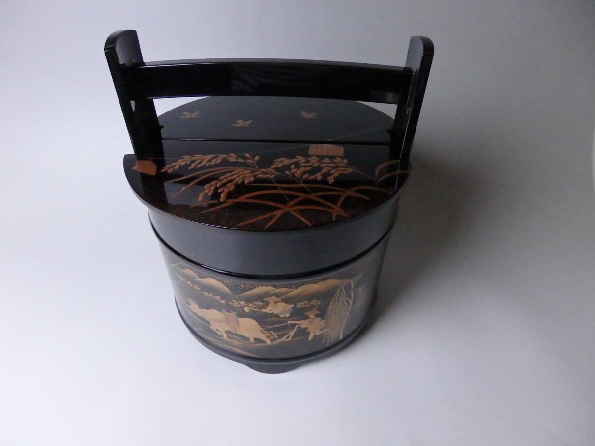 輪島塗田園蒔絵手桶水指 (1)